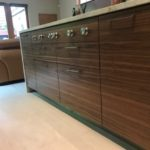 walnut, horizontal grain, flat slab