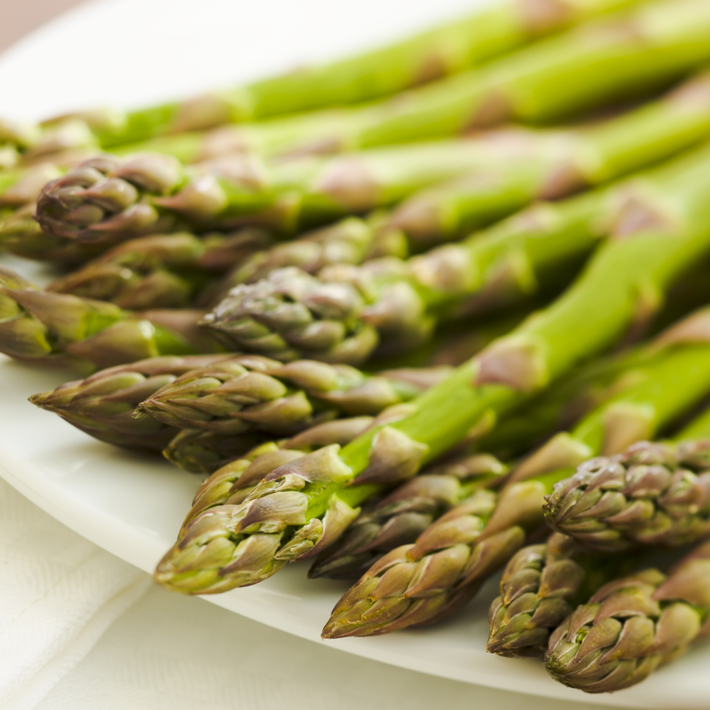 The nutritional benefits of asparagus make it worth including in your diet.