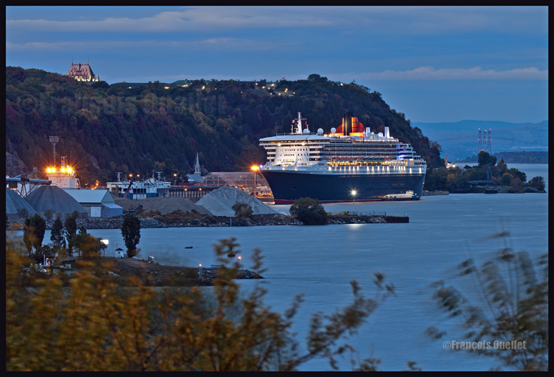 IMG_0617 - Resize Queen Mary 2 Québec 2012 watermark