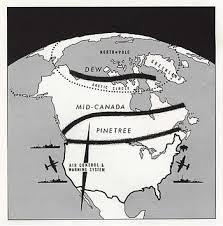 Lignes DEW et Pinetree au nord du Canada
