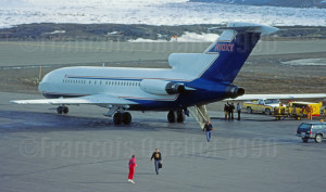 Occidental Petroleum B-727 N10XY en escale à Iqaluit en 1990, en provenance d'Europe