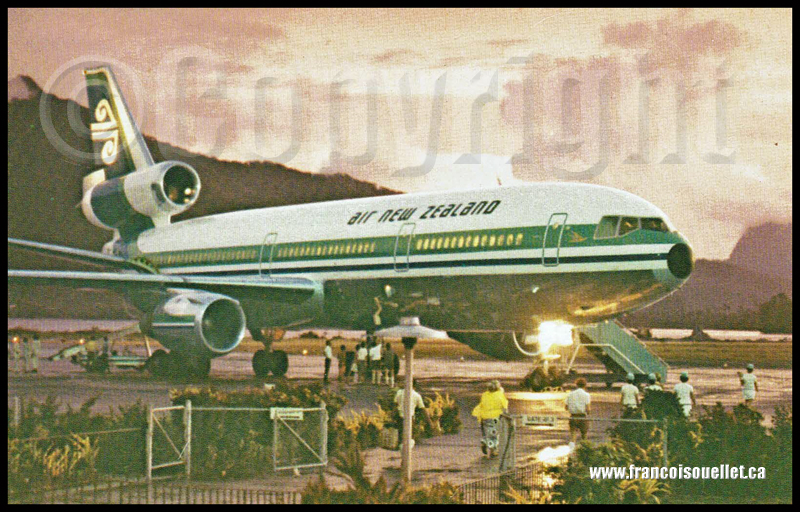 Un DC-10 de Air New Zealand et des passagers sur carte postale aviation.
