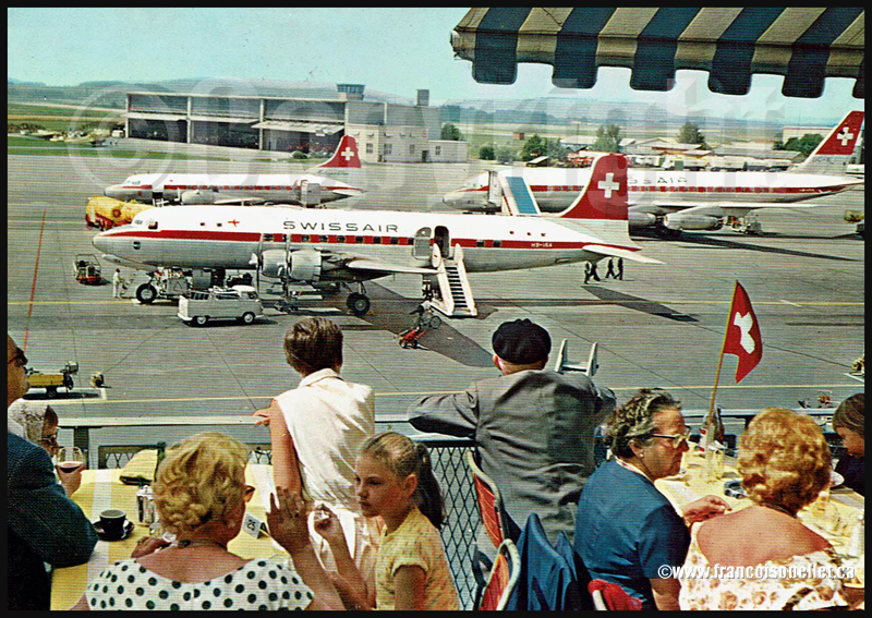 Avions de la Swissair et spectateurs en Suisse sur carte postale aviation