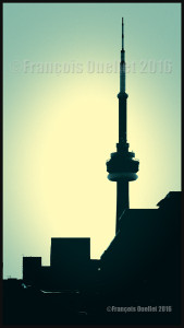 La tour du CN à Toronto, Ontario en 2016