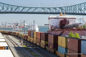 Le Port de Montréal et les wagons avec conteneurs en 2016. Photo prise avec un Canon 5DSR