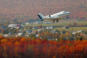 Challenger CL-600 C-GQBQ du Gouvernement du Québec au décollage de l'aéroport international Jean-Lesage de Québec