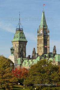 Parlement d'Ottawa en automne