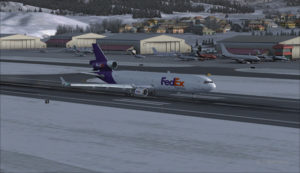 MD-11 de FedEx roule à l'aéroport d'Eagle County (KEGE) (FSX)