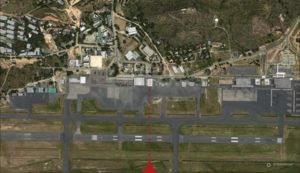 Vue verticale de l'aéroport de Port Moresby Jacksons (AYPY)
