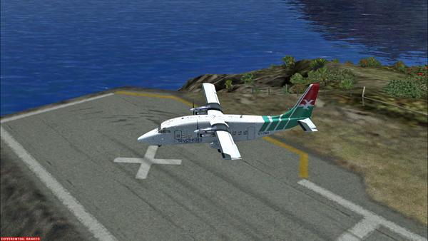 Le Shorts 360 après son atterrissage sur la piste 12 de l'aéroport Juancho E. Yrausquin.