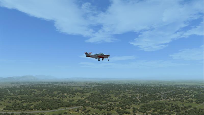 Le Bonanza virtuel en approche pour l'aéroport de Redding.