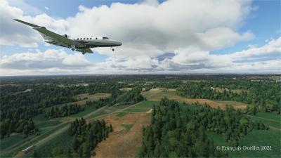 En approche pour l'aéroport international de Narita, au Japon, avec le simulateur de vol Microsoft Flight Simulator 2020.