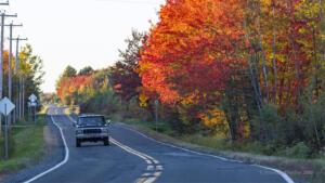 Vieux Ford pick-up américain sur la route de Lyster au Québec en 2020
