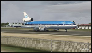 19373-KLM-MD11-slowing-down-at-St-Maarten-FSX-web