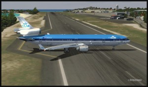 19374-KLM-MD11-backtracking-at-St-Maarten-FSX-web