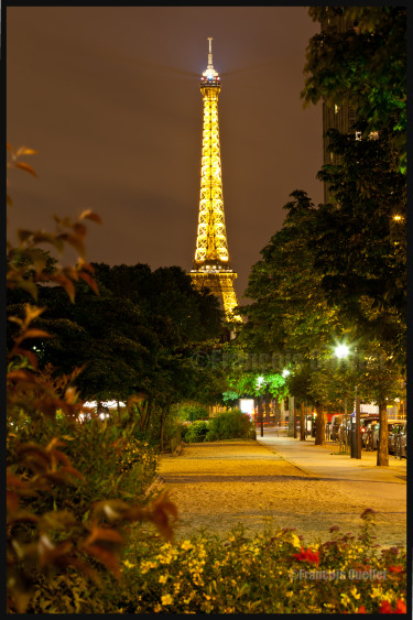IMG_4265-Parislesoirwebsignedwatermark-e1408211507728