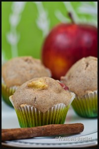 Muffin-apple-and-cinnamon-web