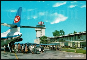 People-and-JAT-Airline-on-aircraft-postcard-web