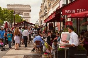 Photo-Paris-Avenue-des-Champs-Élisées-2013-web