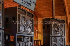 ©2020 Valhalla Studios New York - All rights reserved.