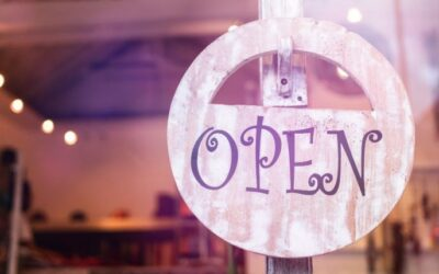 Governor ReopensRetail, Restaurants, and Officesin UP