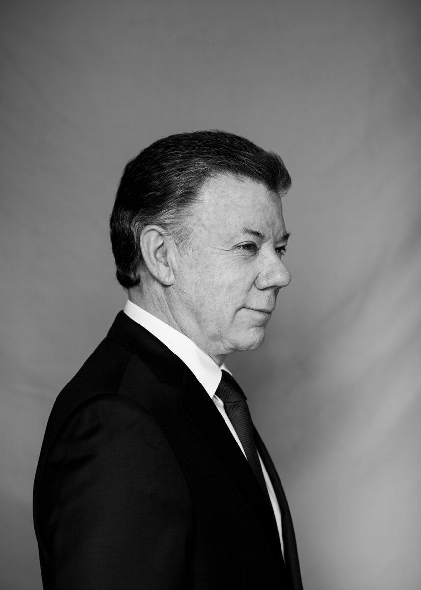 Juan Manuel Santos retrato, juan manuel santos portrait, nobel peace prize, colombian president, presidente de colombia, portada gatopardo, ricardo pinzon, colombian photgrapher, fotografo colombiano