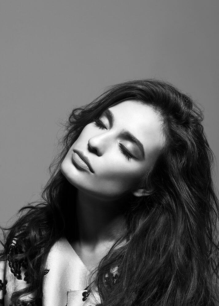 alexandra santos por ricardo pinzon fotografo celebridades colombia