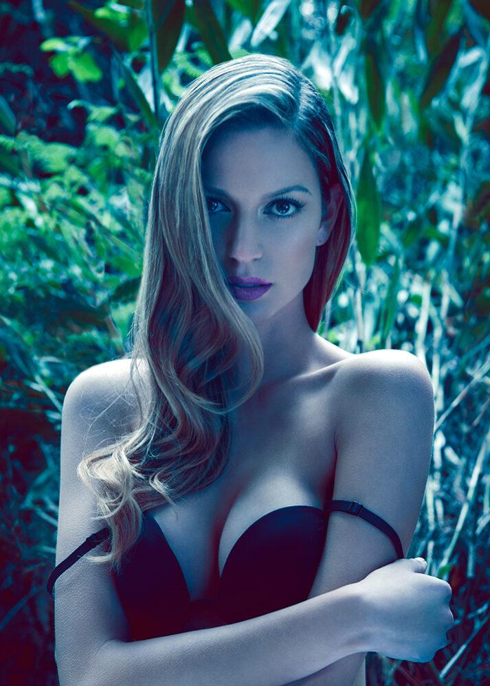 Monica Hernandez por ricardo pinzon fotografo modelos colombia