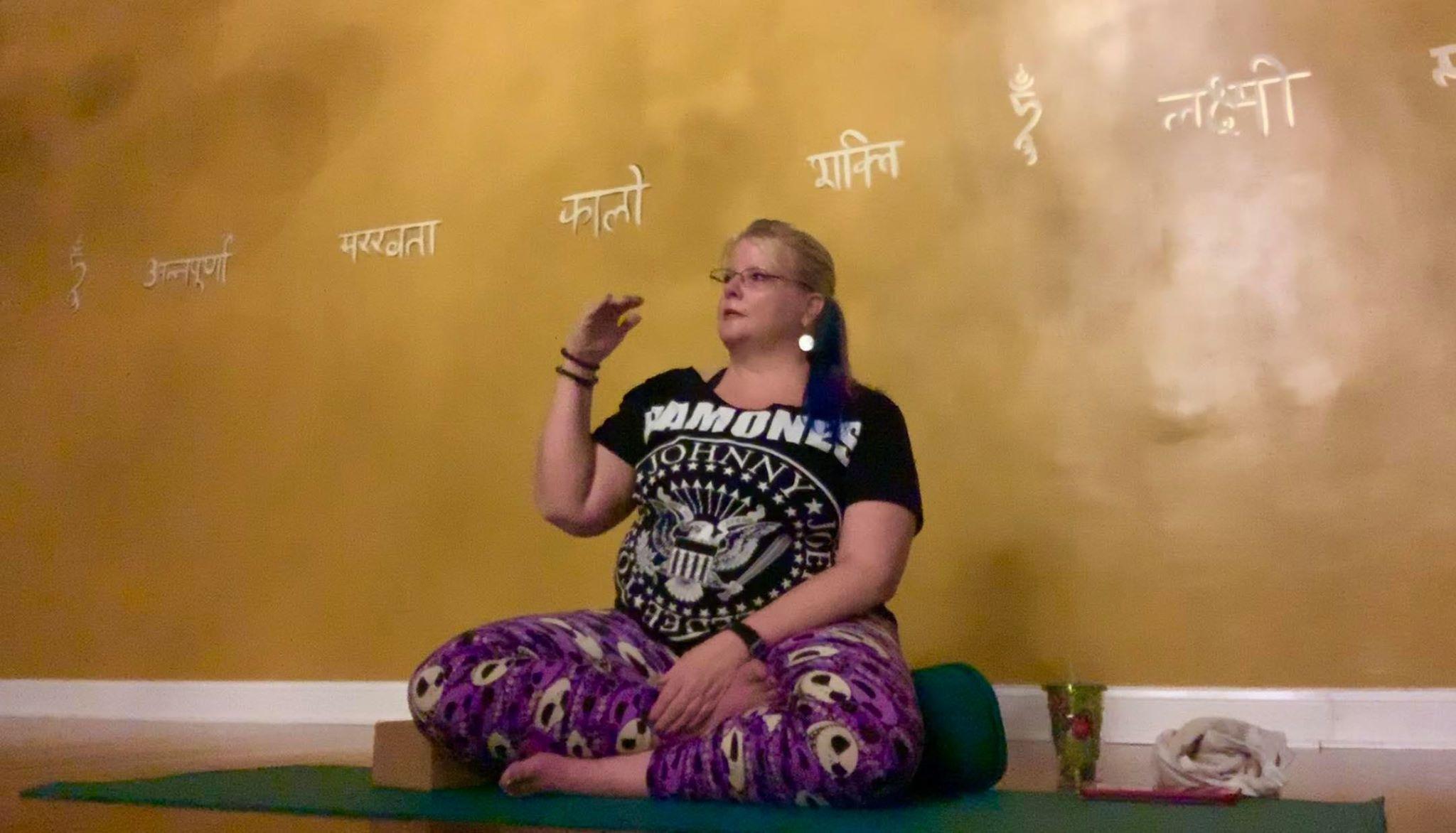 Dharma Talk: The Three Knots (7:27)