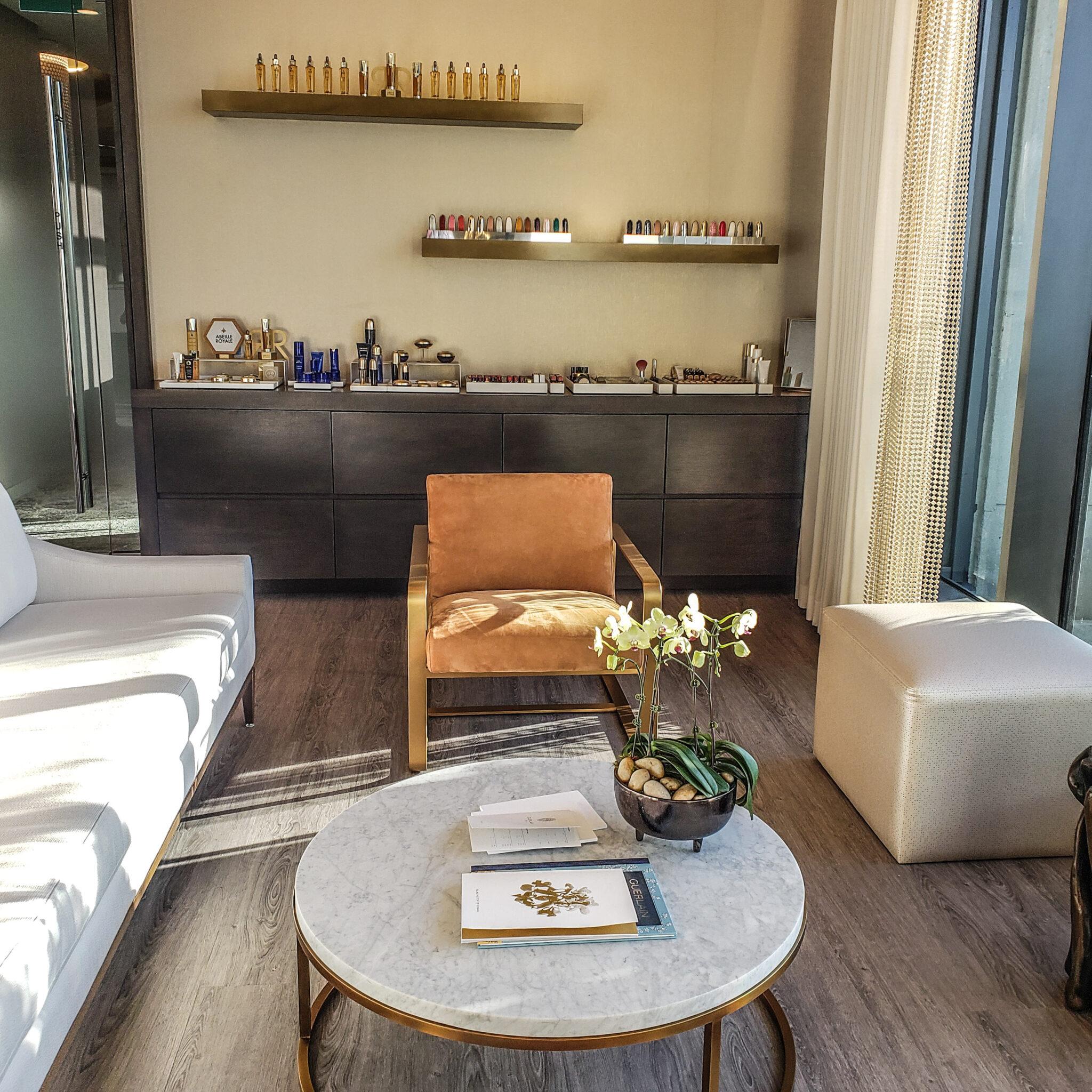 Hotel X Toronto - Luxury Resort - Guerlain Spa - Lobby