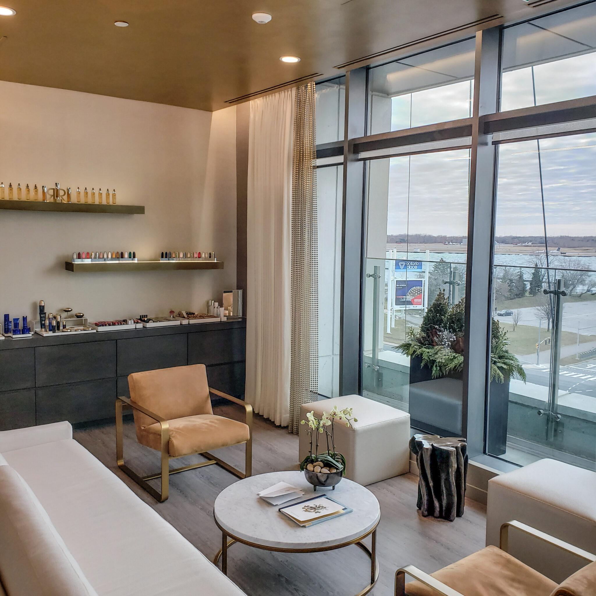Hotel X Toronto - Luxury Resort - Guerlain Spa - Lounge