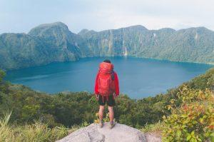 Os melhores destinos para viajar sozinho ou fazer um mochilão