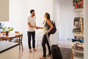 Você já ouviu falar de Couchsurfing?