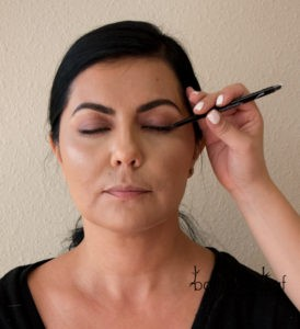 bareMinerals Lasting Line Long-Wearing Eyeliner in Forever Brandy & Eternal Bronze Applied