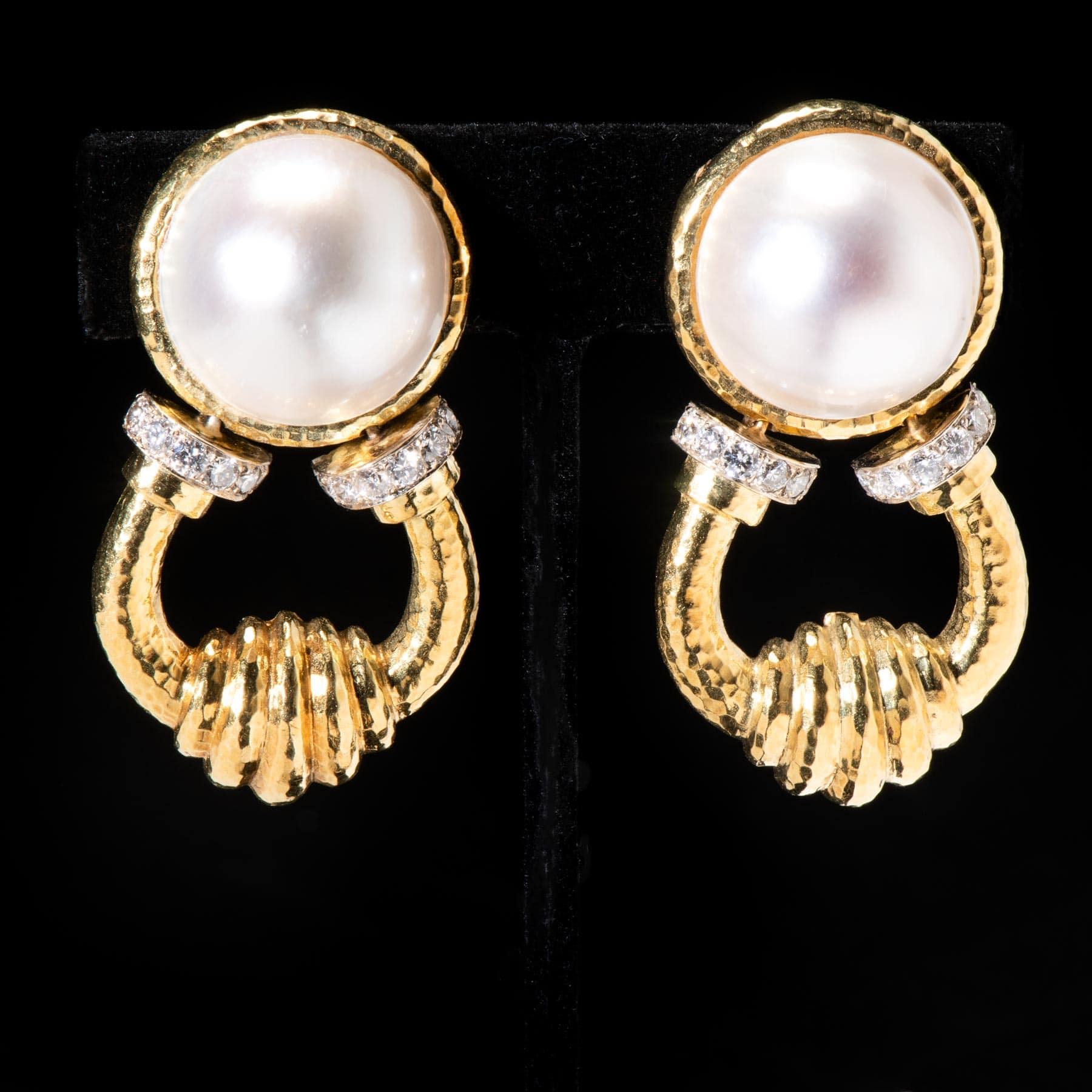 10-124OXEX Pearl Dias. Earring