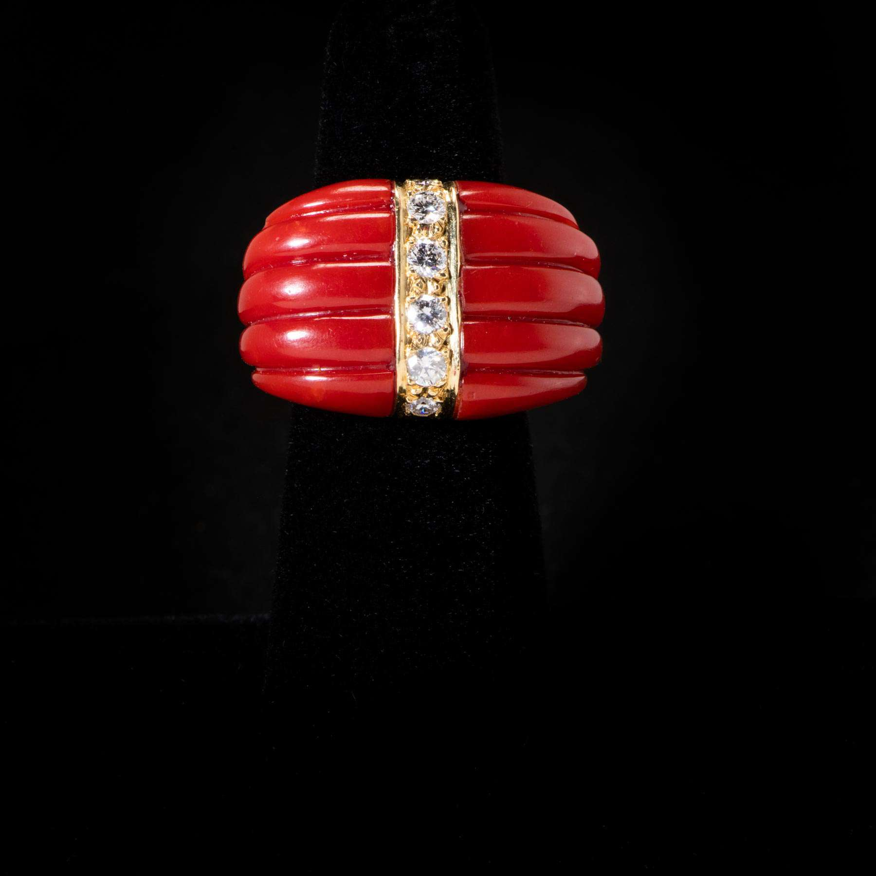 10-12OMIE 18K Y/G Oxblood Coral W/ .50Cts, Ring