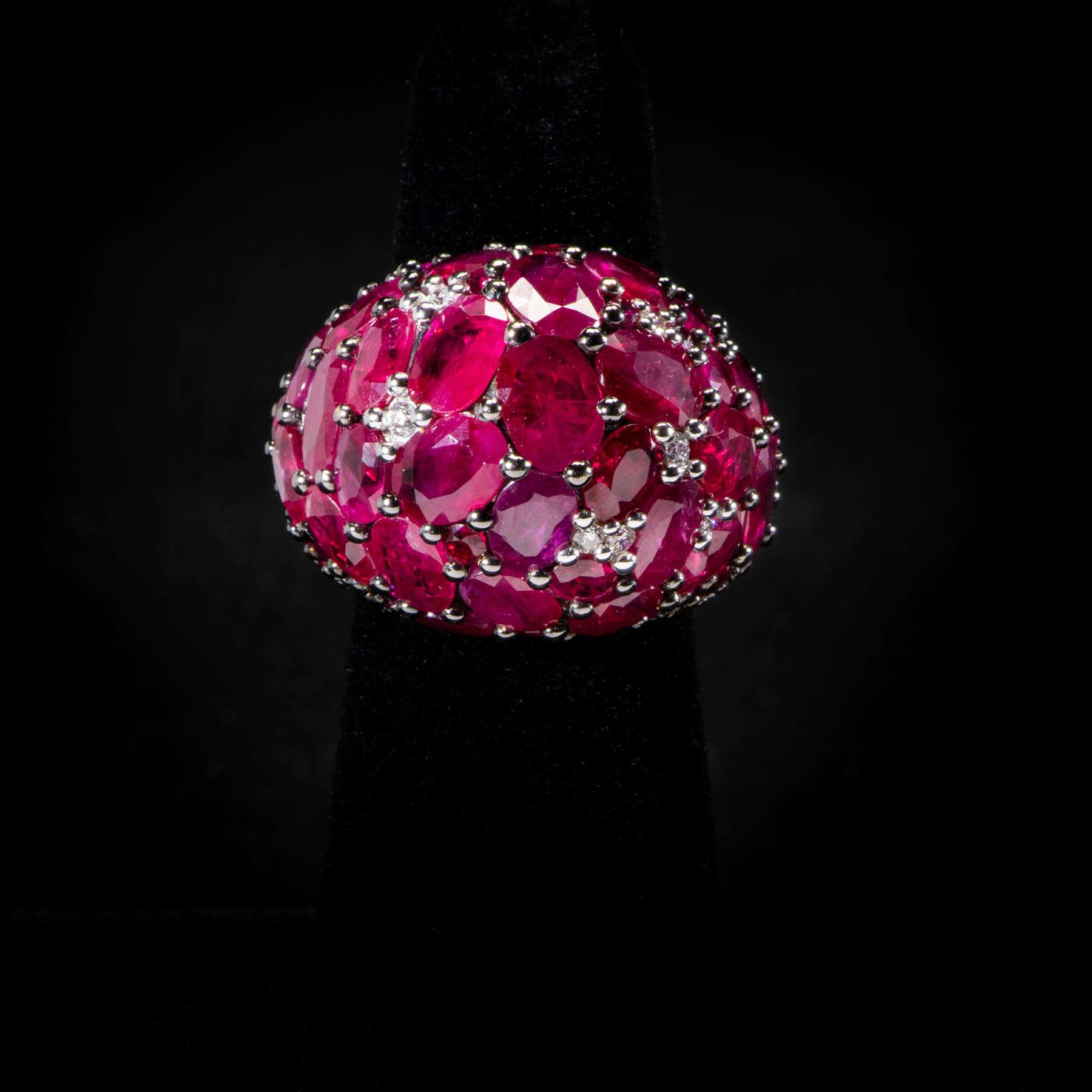 173-21IEXE 18K Y/G Ring 19.91Cts of Rubies & 4.1Cts Dias