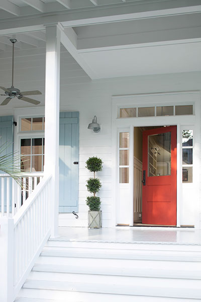 White_Porch_with_Red_Door_and_Blue_Shutters w400
