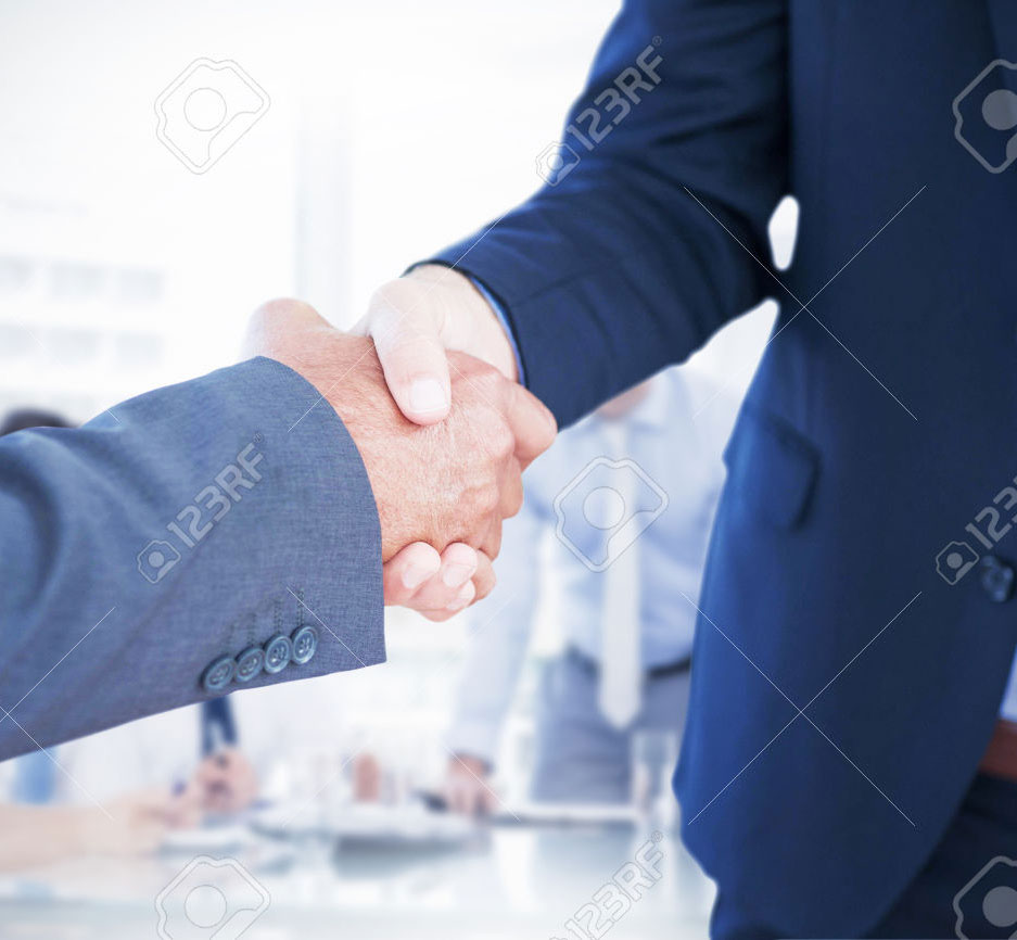 Businessmen shaking hands mediation and arbitration lawyer boca raton fl