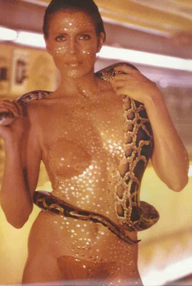 Joanna-Cassidy-Blade-Runner-Zhora9