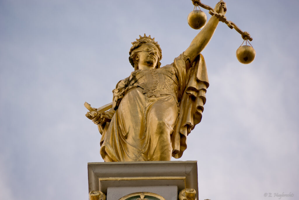 Calgary accident lawyer discusses changing lawyers