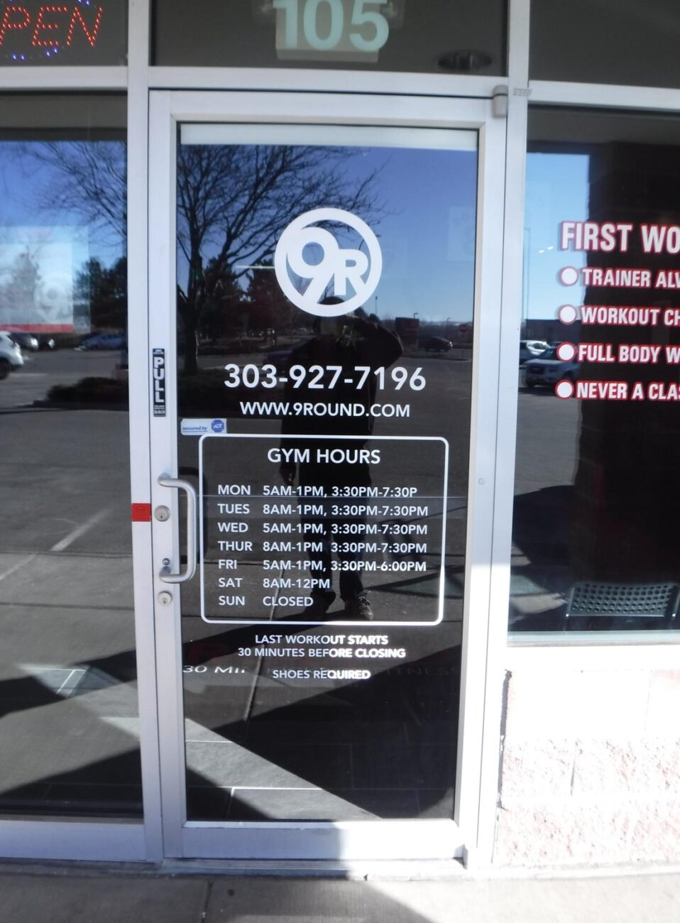 Vinyl Signs and Graphics