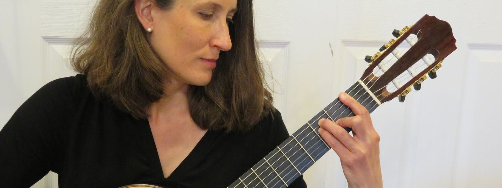 Meet Lorian Bartle, A Classical Guitarist Changing the Face of Music