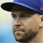 DeGrom halts throwing due to forearm tightness