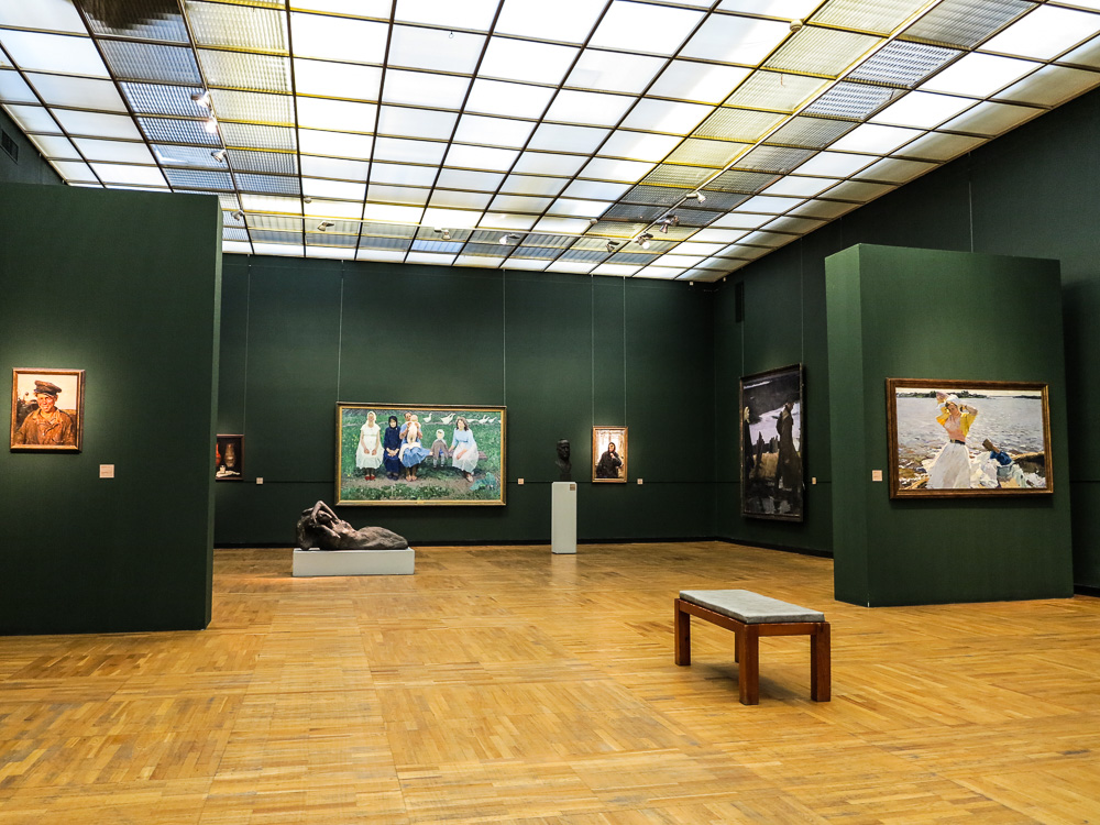 Exhibitions at New Tretyakov Gallery in Moscow