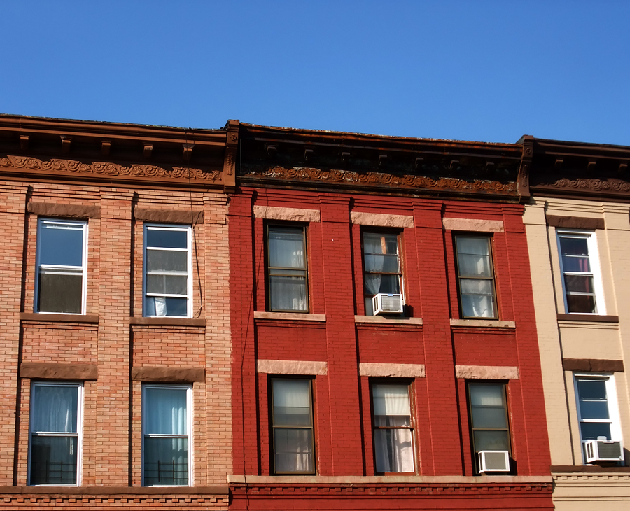 10 Things You Should Look for When Buying an Apartment Building