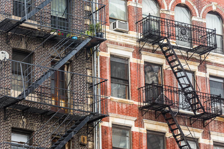 7 Property Valuation Tips for Buying an Apartment Complex