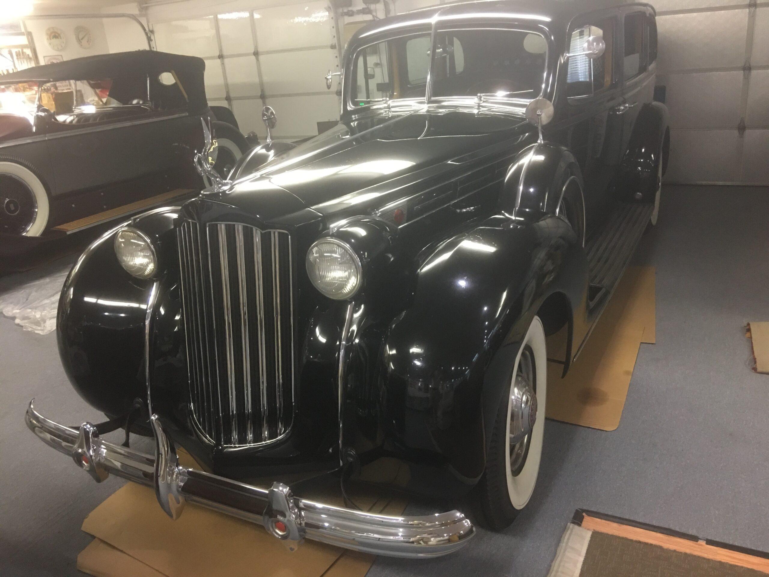 1939 Packard Formal Limousine 1708