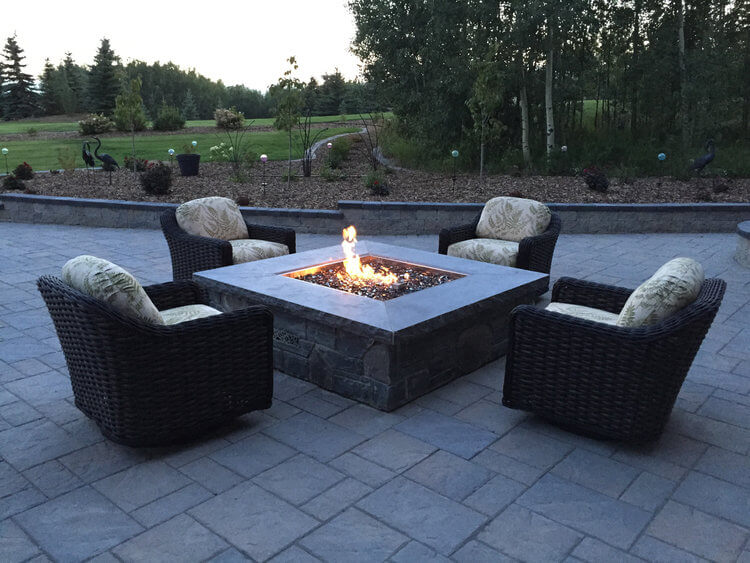 Fireplaces and Outdoor Sitting Areas