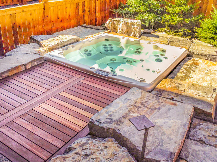 Mountain Hot Tub Oasis
